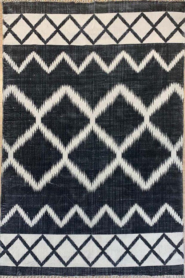 שטיח קילים כותנה שחור לבן