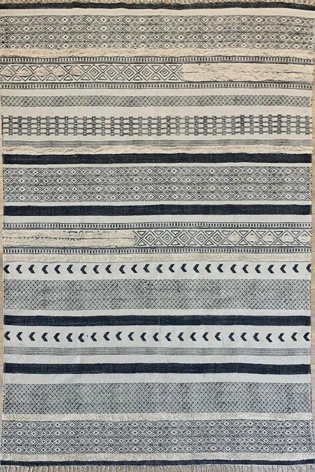 שטיח אריגה משולבת
