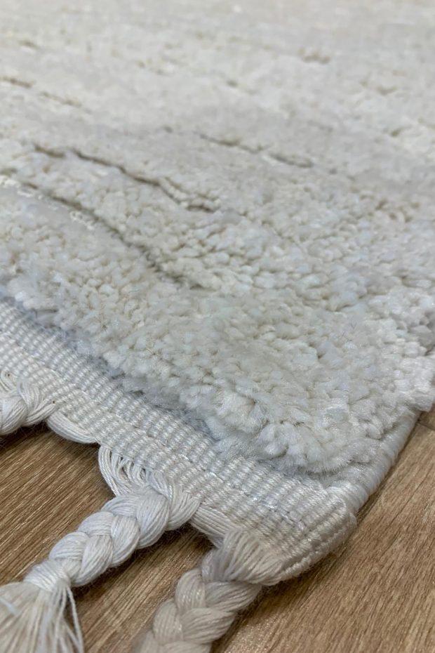 שטיח לבן