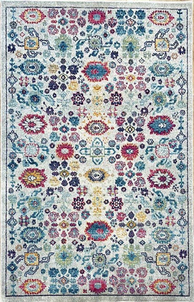 שטיח קלאסי צבעוני