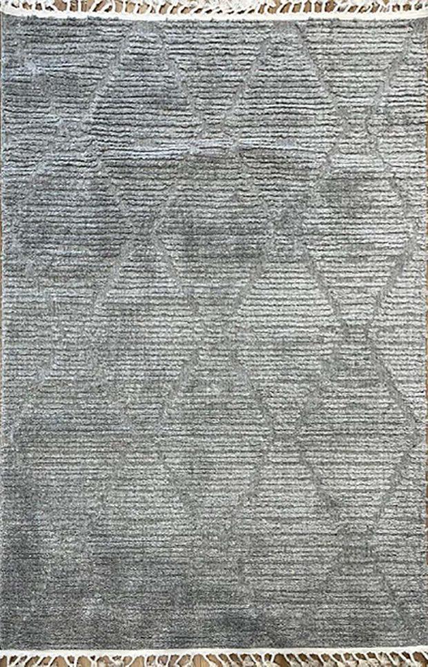 שטיח מעויינים אפור